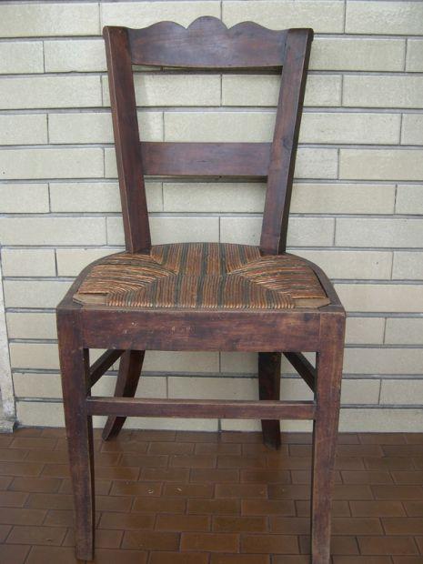 Sedia antica in legno noce, da restaurare, ecco cosa