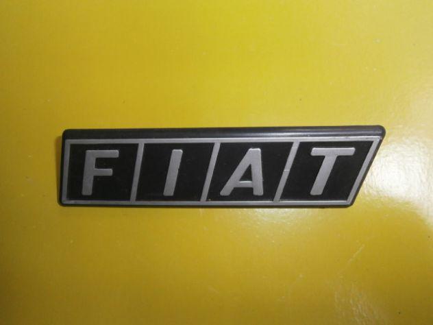 Scritta logo targhetta calandra anteriore fiat 126 tutte le versioni (NUOVA)