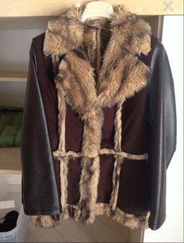 Cappotto con inserti in pelliccia ecologica Coconuda