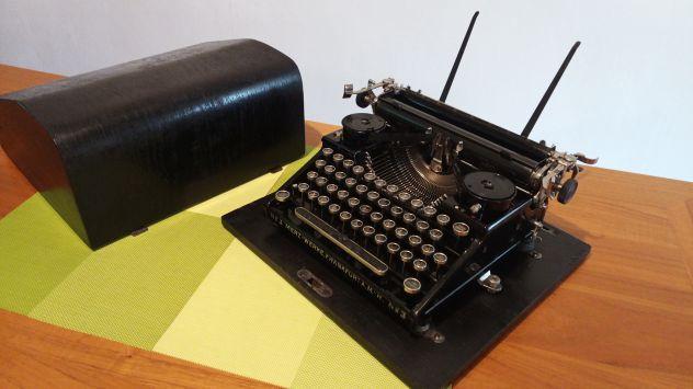 Macchina da scrivere Merz - Modello N.3 portatile del 1929' rarissima !!