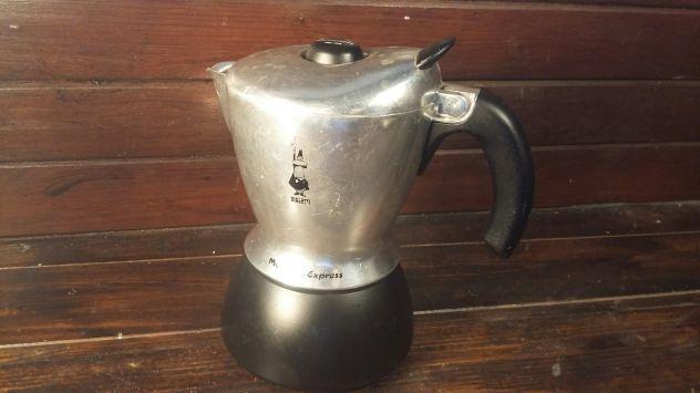 A108 caffettiera riuso Mukka nera Bialetti