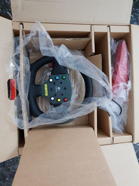 Vendo volante per PC Logitech MOMO Force nuovo