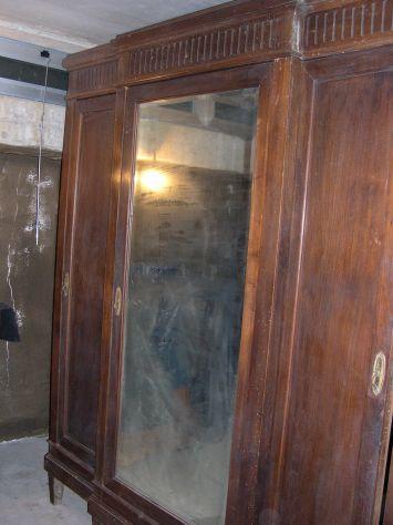 Armadio in noce primi 900 Liberty Art Decò con specchio
