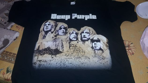 Deep Purple T-Shirt autografata