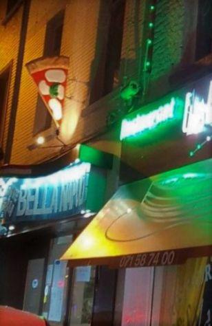 Insegna per pizzeria in vetroresina (fiberglass pizza), tridimensionale, a vela. - Foto 8