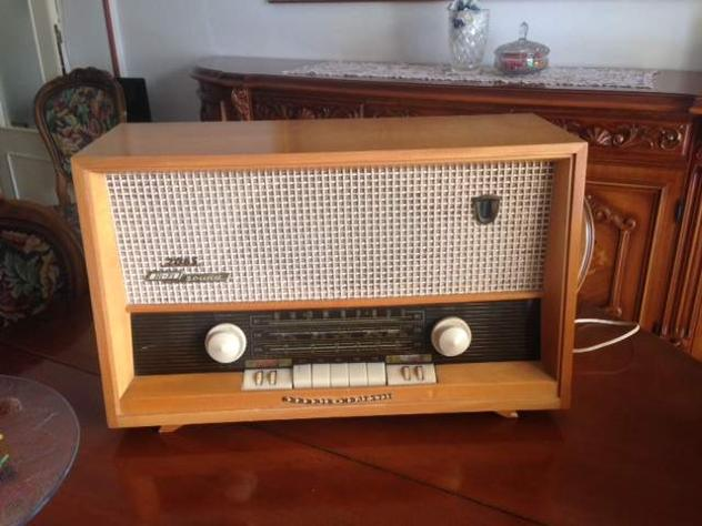 Radio a valvole GRUNDIG 2065 hi-fi sound (anni 1950/60)