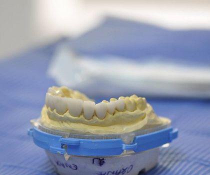 OMNIA DENTAL  Servizi Odontoiatrici - Foto 53280578