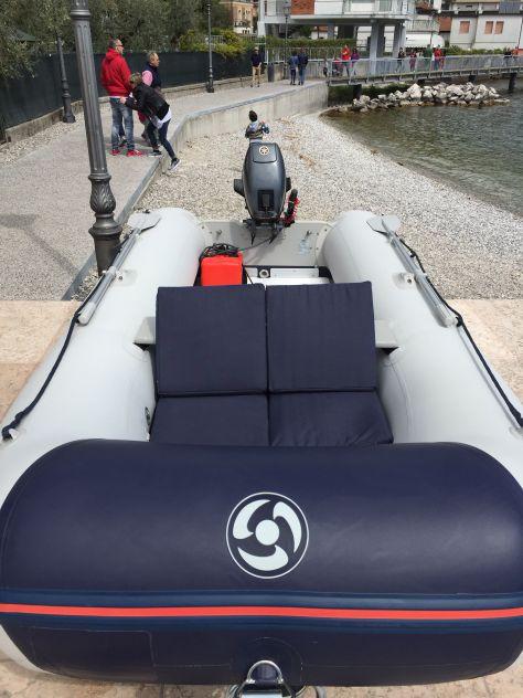 Noleggio barca gommone lago di Garda - Foto 5