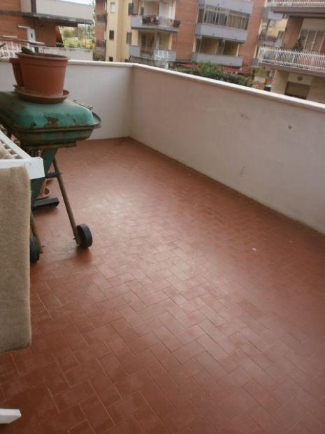 torvaianica centro 1 piano terrazzo e veranda - Foto 3
