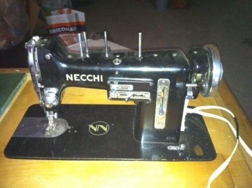 Macchina per cucire Necchi