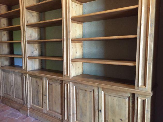 Legno Laccato Su Misura.Libreria Su Misura In Legno Massello 6 Porte Bugnate Laccata