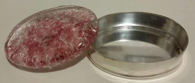 Scatolina porta gioielli placcata in argento coperchio in vetro rosa di Murano