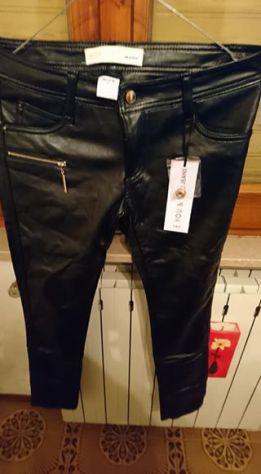 Pantalone similpelle neri da donna