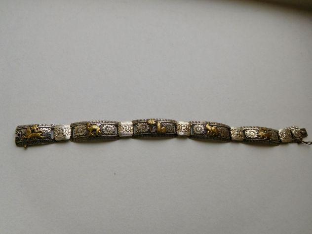 BRACCIALETTO primi 900 in argento cesellato a mano con miniature di animali