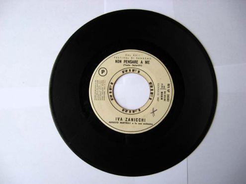 45 giri del 1967-IVA ZANICCHI (A) GIORGIO GABER (B) - Foto 3