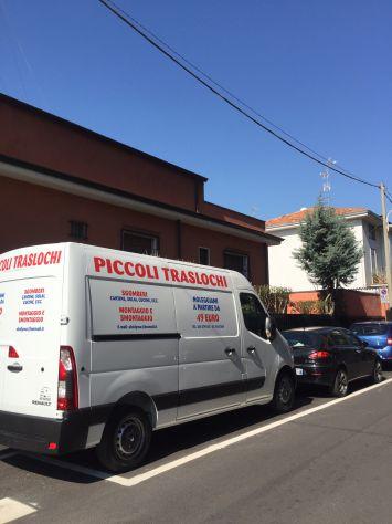 TRASLOCHI  PER STUDENTI MILANO A PARTIRE DA 49 EURO