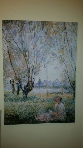 Woman seated under the willows di Claude Monet - Foto 2