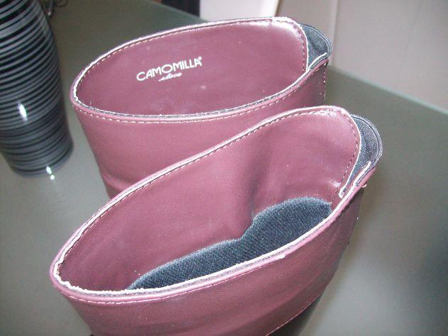innovative design 8bbcf 457bd Stivali donna gomma alti Scamosciati Vip Camomilla - Annunci ...