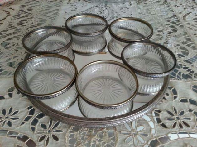 Vendo vassoio a specchio con coppette di cristallo e argento anni '40