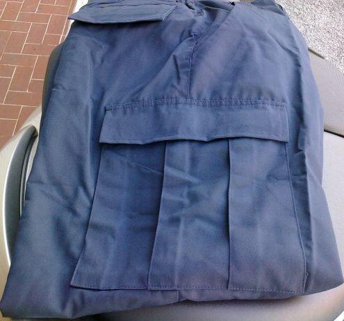 Pantaloni NUOVI ancora confezionati