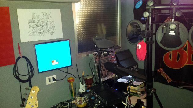 Gruppo con sala musica climatizzata, strumenti, impianto voci, ecc... - Foto 4