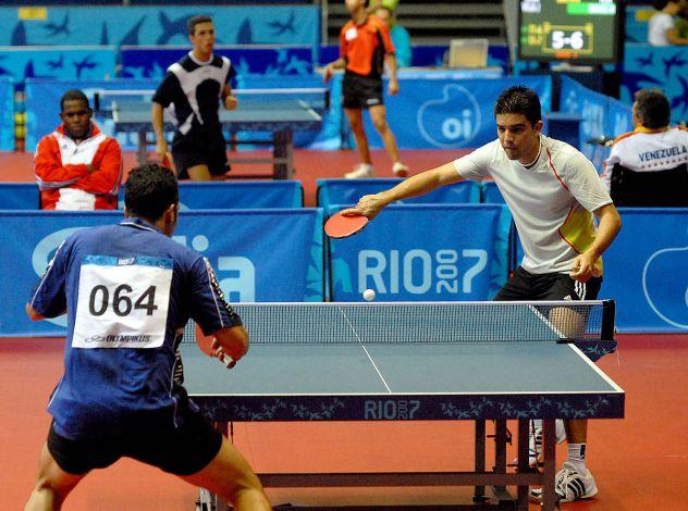 Cerco avversario partite ping pong Bologna centro.