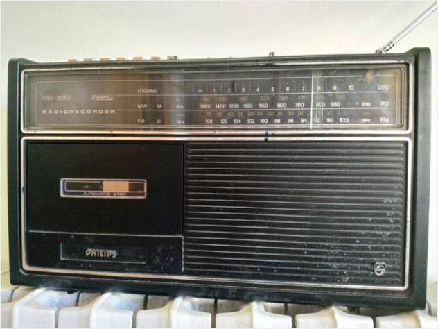 radio-registratore anni 70 Usato