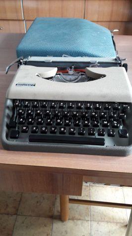 Macchina da scrivere Antares