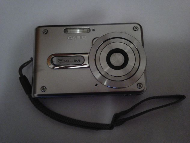 Fotocamera Casio Exilim EX-S100 - Foto 2