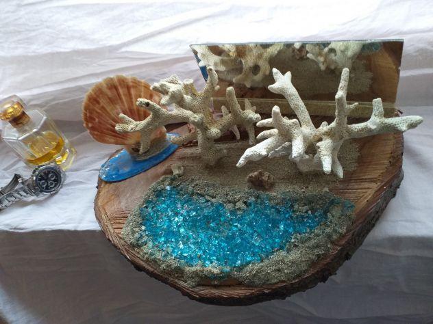 Sopramobile in corallo bianco