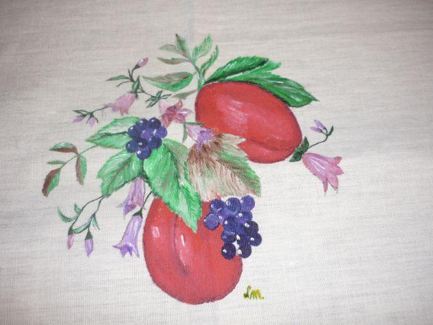 Tovaglie,asciugamani,grembiuli,centrini ricamati o dipinti a mano - Foto 4