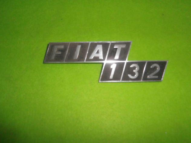 Scritta logo targhetta posteriore Fiat 132 in metallo