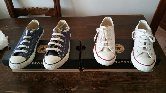 2 paia di scarpe converse 34
