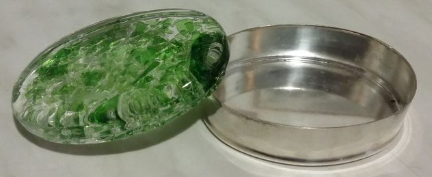 Scatolina porta gioielli placcata in argento coperchio in vetro verde oltre mare