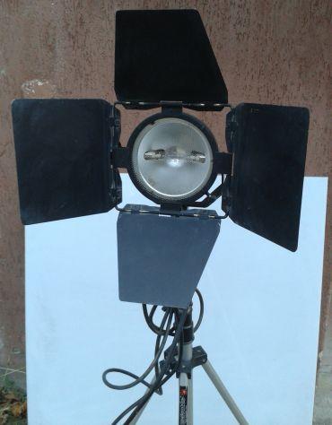 Illuminatore fotografico 800 watt