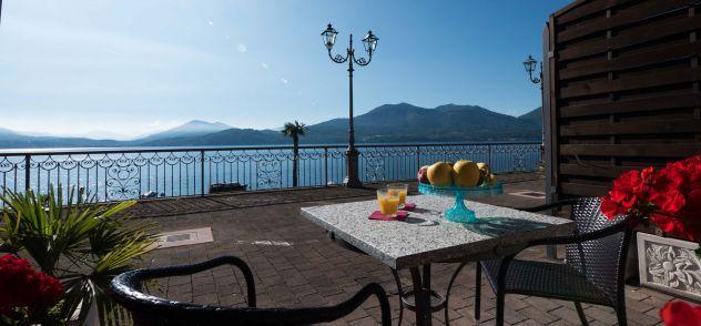 in vacanza con amici sul lago Maggiore, in appartamento - Foto 9