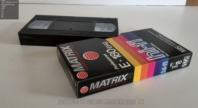 CASSETTE VIDEO VHS MATRIX  180 - USATE