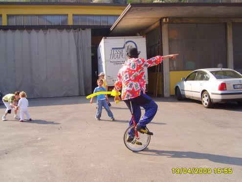 Feste di compleanno per bambini a taranto  clown a taranto 3478497587