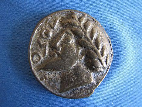 Medaglione antico in bronzo