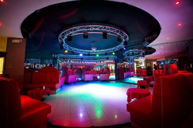 LAVORO HOSTESS DRINK PER RAGAZZE IN NIGHT CLUB E SEXY DISCO - Foto 5