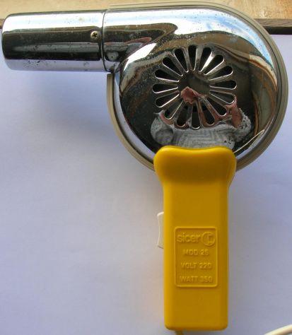 Asciugacapelli Sicer mod 25 Impugnatura in plastica e corpo in metallo. Due velo - Foto 3