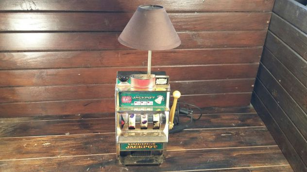 V51 lampada base slot machine