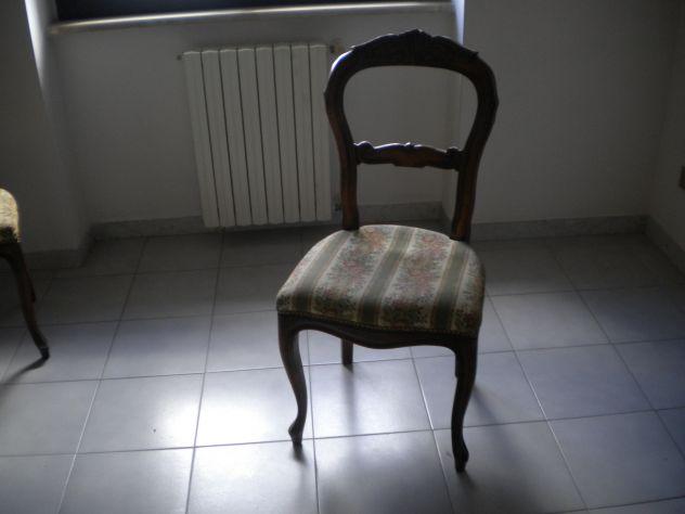 Soggiorno classico completo realizzato in legno color noce, usato. - Foto 4