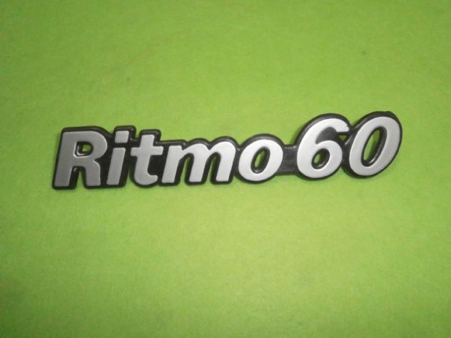 Scritta posteriore Fiat ritmo 60   logo targhetta  NUOVA
