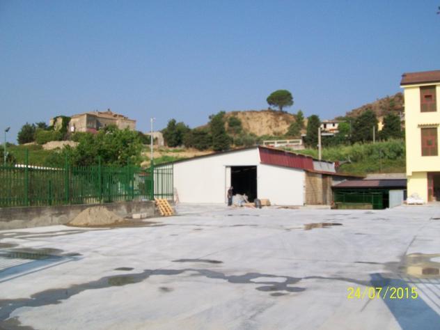 in affitto Privato capannone statale 106 mq 2000 - Foto 6