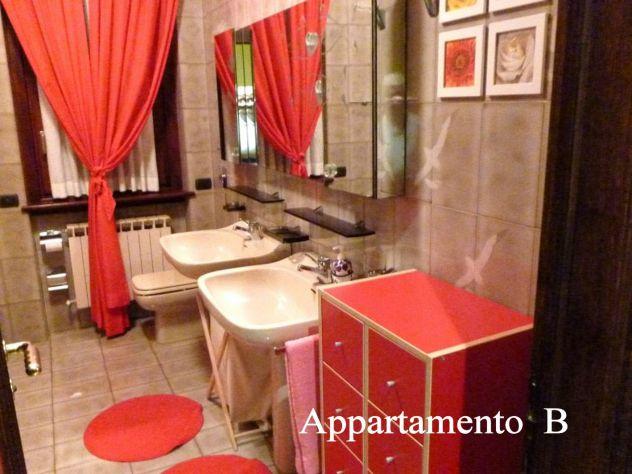 Vendesi prestigiosa villa con piscina, due appartamenti, totalmente arredata. - Foto 3