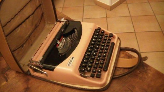 Macchina per scrivere portatile