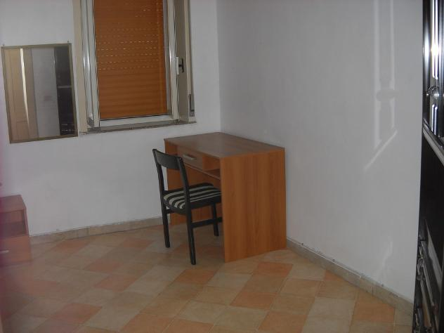 posto letto in stanza indipendente via a.d'amato 9 mq 50 affitto Euro 165 - Foto 6