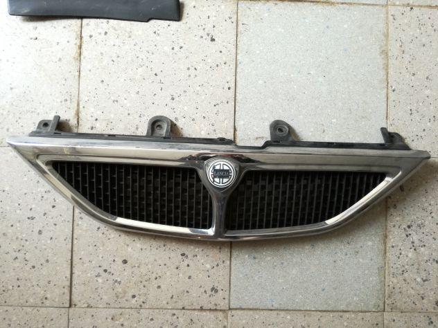 Maschera frontale con stemma Lancia Y 1998 - 2001 ORIGINALE