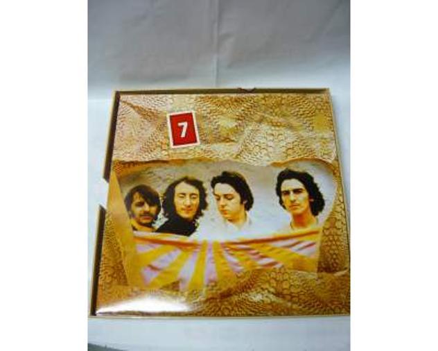 The Beatles 8 dischi in vinile da 33 giri (rarita')come da foto - Foto 3